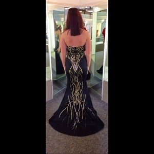 Formal gown (prom dress)